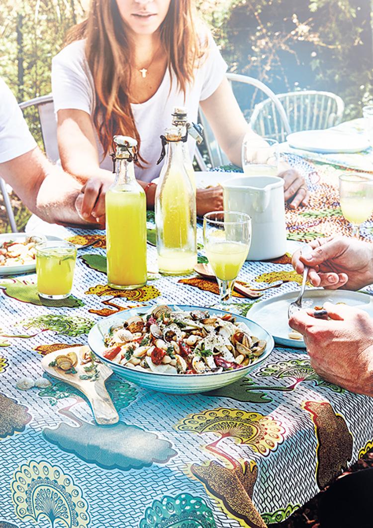 Photo lifestyle de salade haricots chorizo par Sophie Dupuis-Gaulier